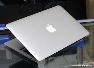 Jual Macbook Air Core i5 Mid 2012 ( 11.6-inchi ) - Banyuwangi