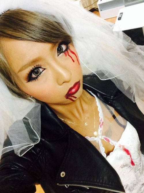 halloween zombie bride