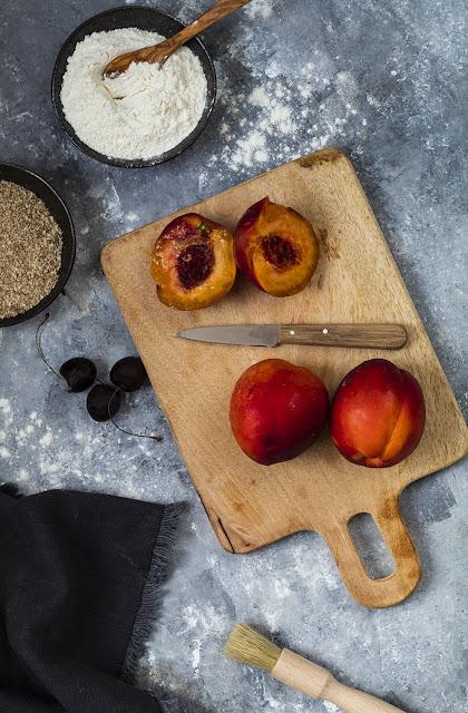 Ingrédients pour la recette de la tarte rustique aux nectarines et aux cerises