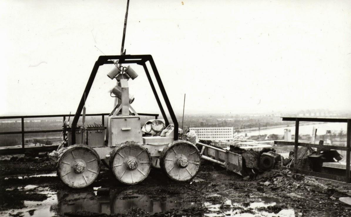 Robot Chernobyl