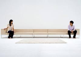 Nghệ thuật tạo khoảng cách để tình cảm vợ chồng thêm gần gũi