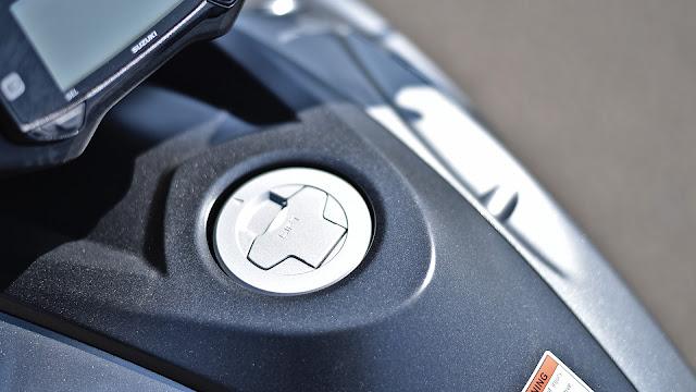 New Suzuki Intruder 150 petrol tank |