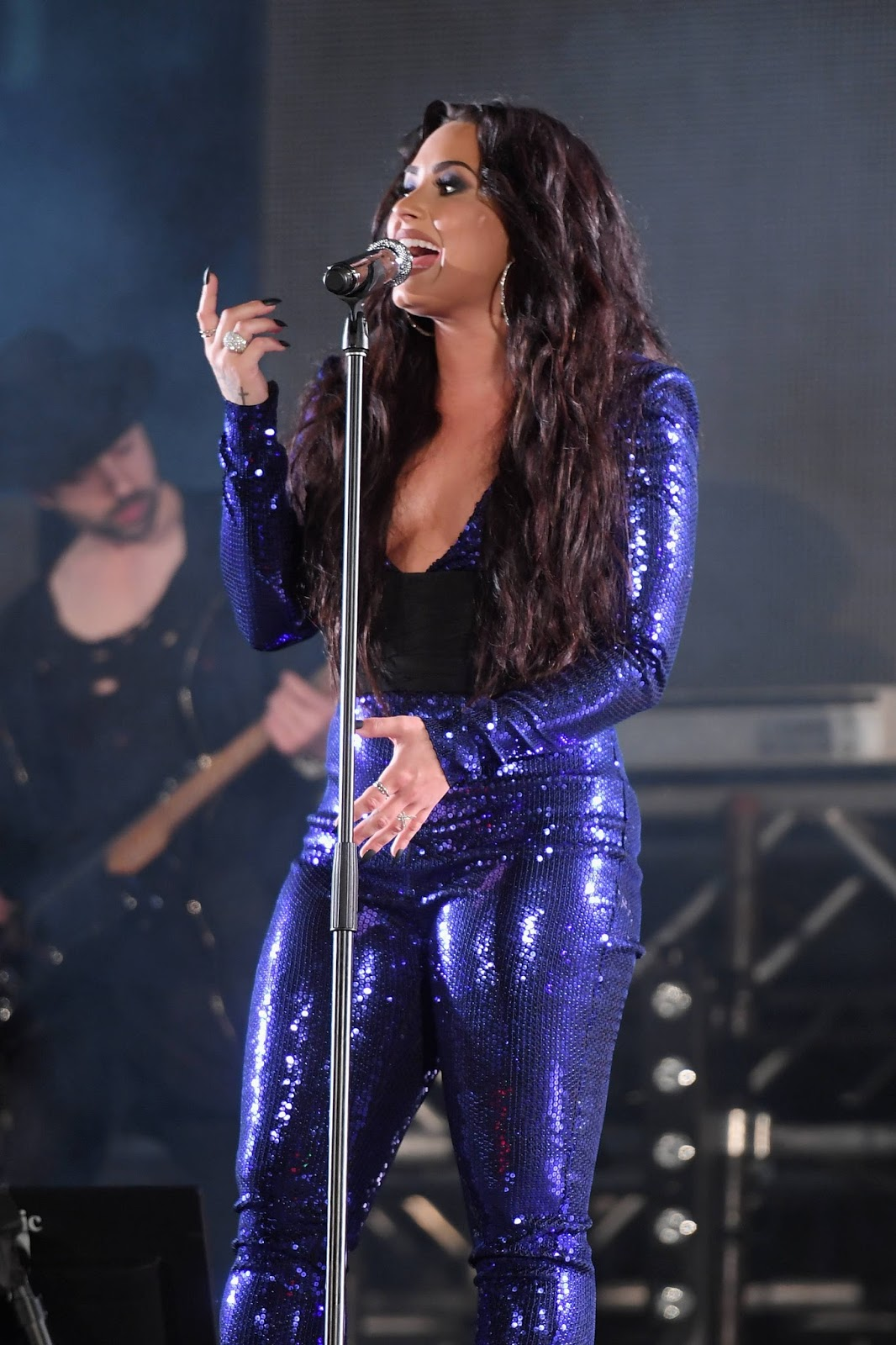 Demi Lovato Performing at Fontainebleau Miami Beach Rings
