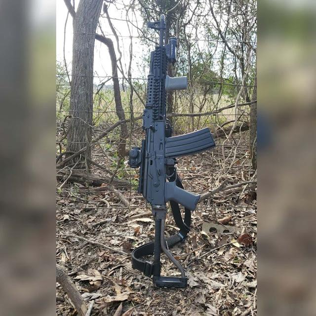 Beryl-Sidefolder-556-AK