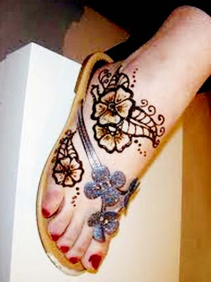 New Collection Mehndi Designs For Feet 2017 #Mehndi Designs