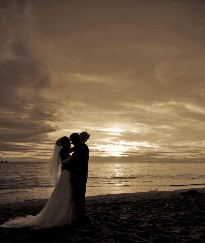 Sunset Beach Wedding Ideas: Wedding & Beauty