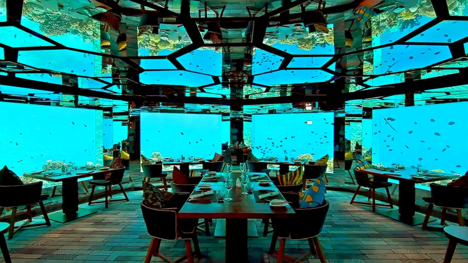 the majestic underwaters - Underwater World Restaurant