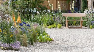 12 plantas favoritas de Beth Chatto para recrear el jardín tolerante a la sequía de Hampton Court