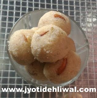 नवरात्र स्पेशल: साबुदाने और नारियल के लड्डू