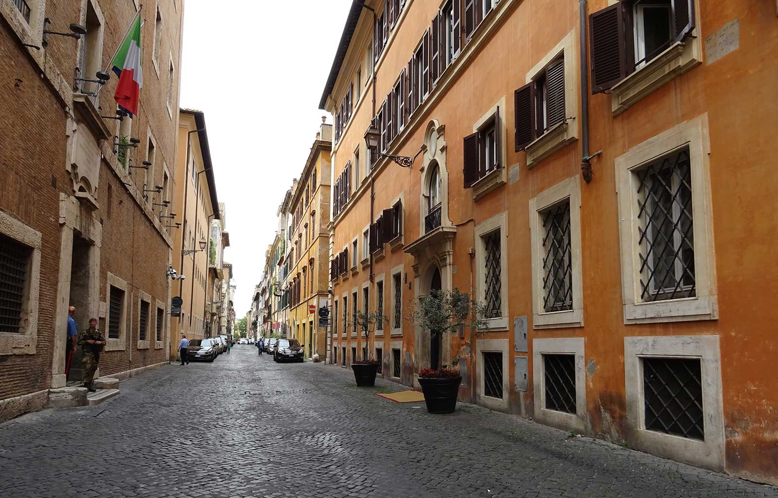 Voyage Italie Rome Petite rue colorée