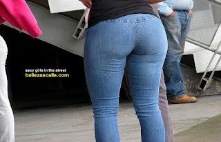 chicas lindas jeans ajustados