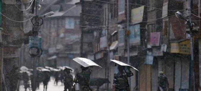 Matsatsi a 136 a Kashmir Lockdown mme a ntse a bala