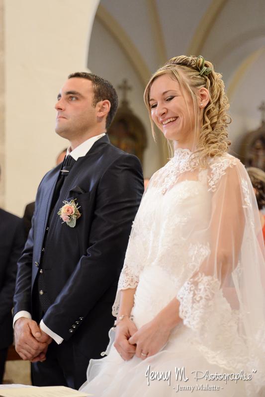 portraits des mariés photo reportage église sourire tendresse douceur