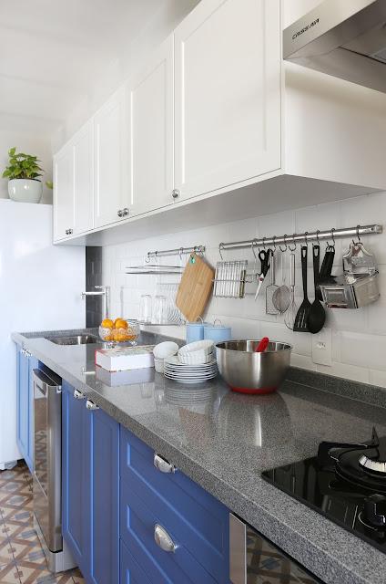 cozinha-armarios-branco-azul