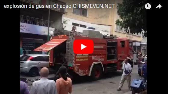 Explosión en tanquilla de gas de un edificio en Chacao dejó heridos