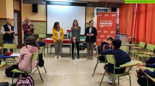 El Cabildo y la Fundación MAPFRE Guanarteme apuestan por la educación financiera de los jóvenes de la Isla