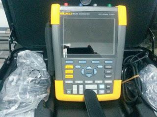 Darmatek Jual Fluke 190-104, 4-Channel Industrial Scopemeter (100MHz)