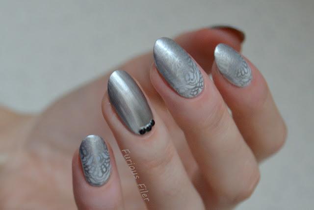 lace #wnac2016 rhinestones glam nails metallic silver gradient