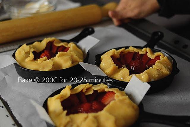Strawberry galette into oven