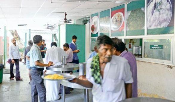 इंदिरा कैंटीन में 5 रुपये में मिलता था नाश्ता, BJP सरकार ने बंद किया फंड - newsonfloor.com