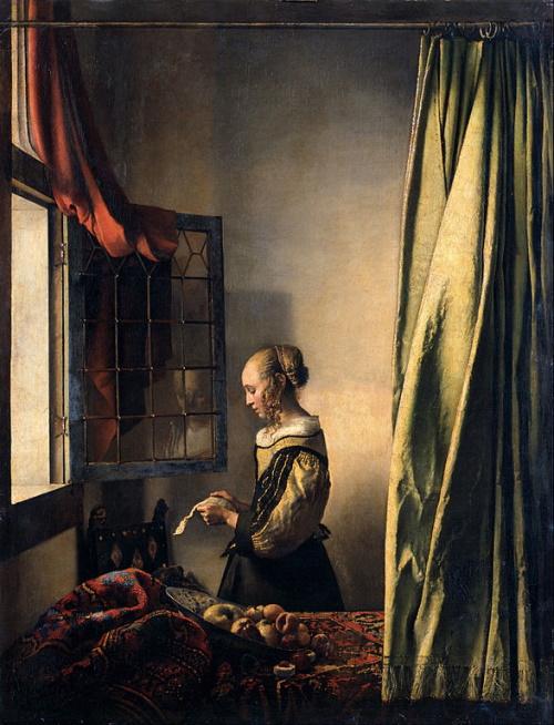 Moça lendo uma carta à janela, pintura de Vermeer. #PraCegoVer