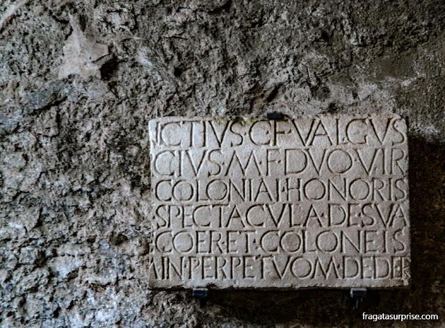 Inscrição em um edifício de Pompeia