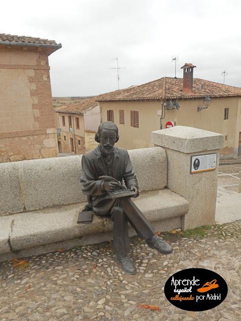 Aprender español callejeando por Madrid: La casa de la poesía