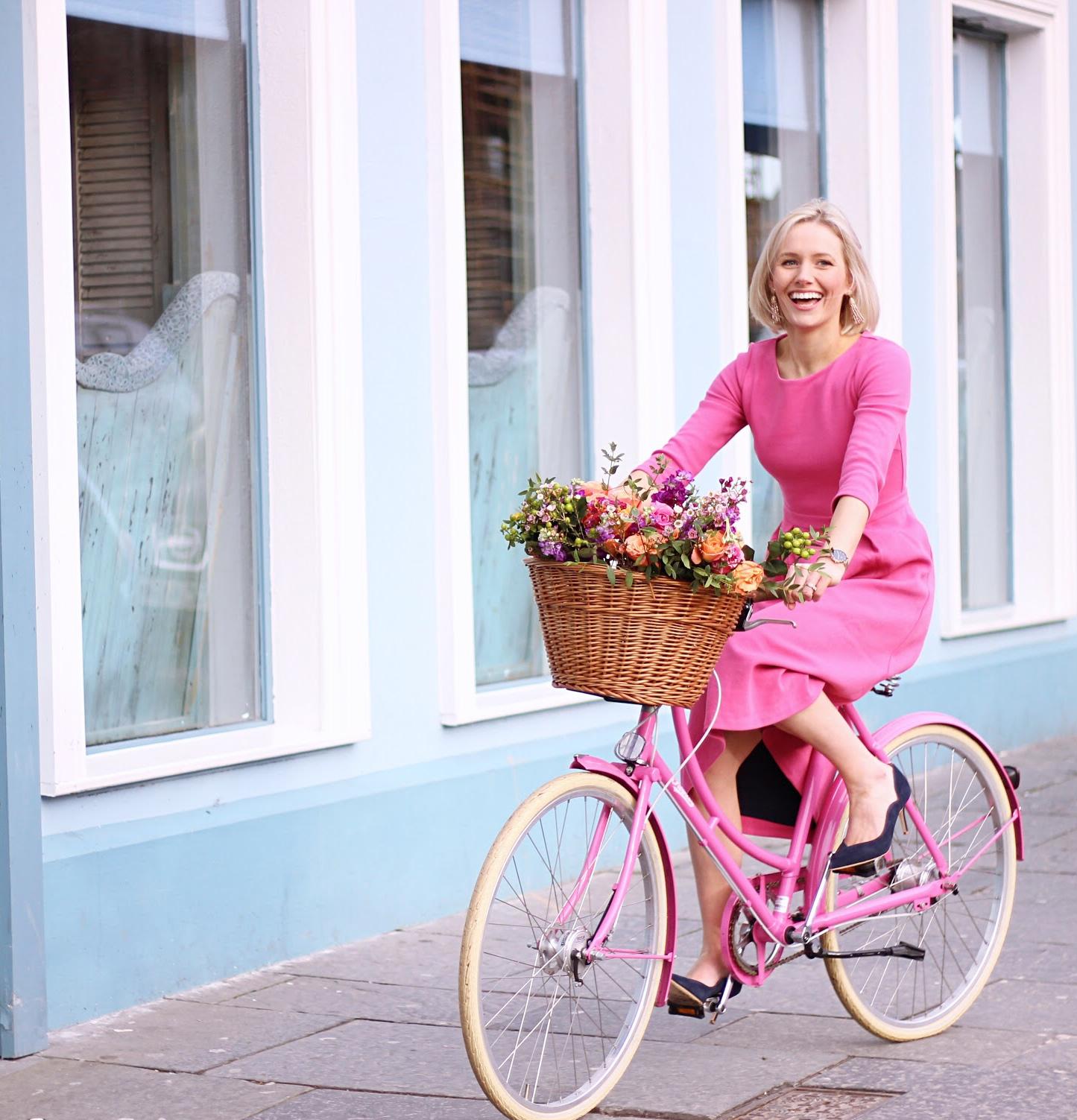 The guest blogger series 1: Laura-Ann, All That's Pretty