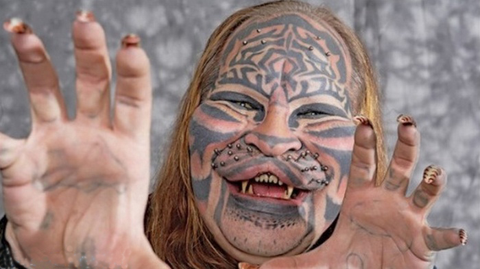 tattoos pictures flowers, body tattoos female, face tattoos girl, tattoo photo gallery, manusia monster asli, manusia monster di dunia nyata, manusia monster di indonesia, manusia monster nyata, manusia setengah monster, manusia yang menjadi monster