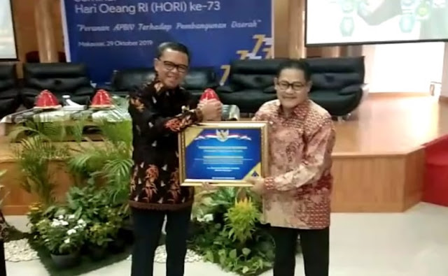 Pemkab Sinjai Terima Penghargaan LKPD Dari Kementerian Keuangan RI