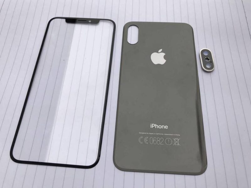 A photo of leaked part of iPhone 8, iPhone 7 and iPhone 7 Plus has been posted on reddit this morning which shows front and back panel of the upcoming iPhone models in 2017.