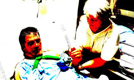 Vicente Pes y Paqui Rivas en el Hospital de Sagunto