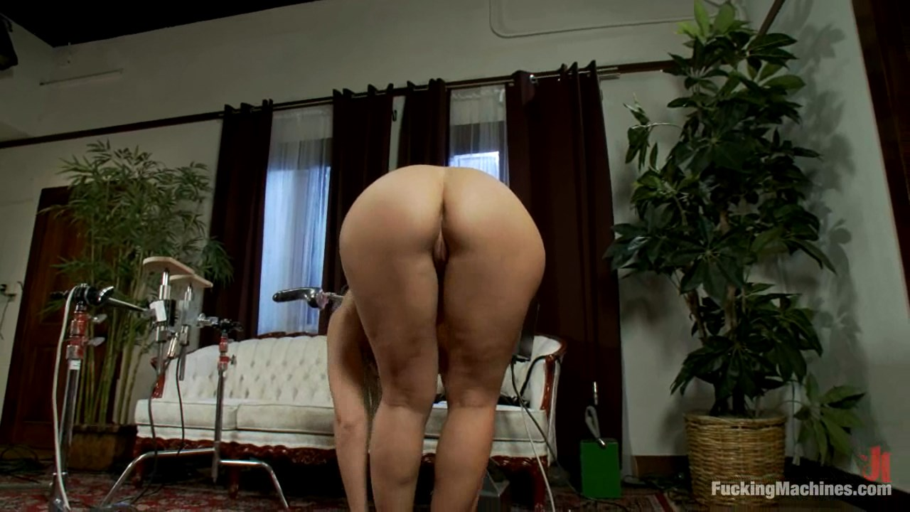 Sara Jay Gets Pounded by A Fucking