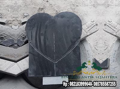 Pemakaman Batu Nisan Berbentuk Hati