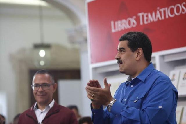 Maduro insiste en que negocia con Guaidó para destrabar crisis