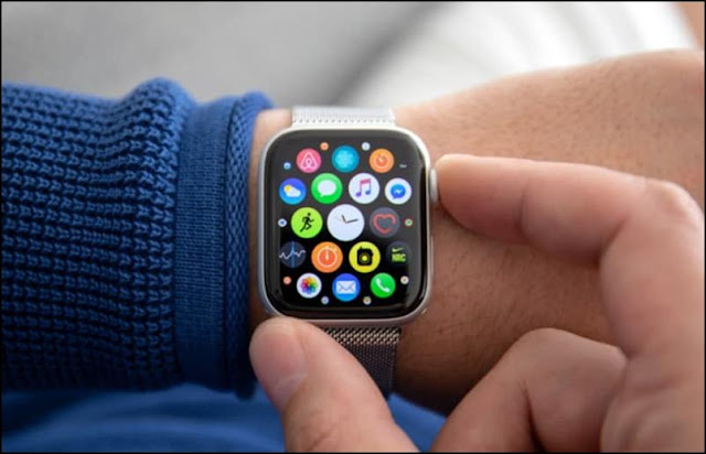 Do Smartwatches Give Off Radiation?