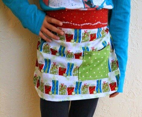 Free 10 Minute Kid's Apron, Rae Gun Ramblings