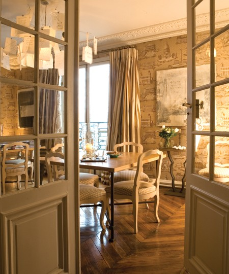When I Think Of Paris Always The Incredible Golden Light And Interior This Apartment Owned By Patrick Lorraine Frey Owners