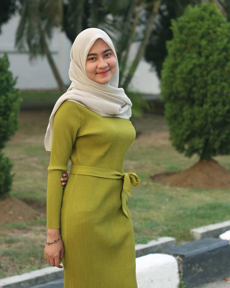 Selebgram Aceh Putri Anjani seksi Fenomena Jilbob