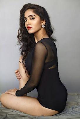 Ishq Junoon Movie Actress Divya Singh Images, Hot Photo & HD Wallpapers