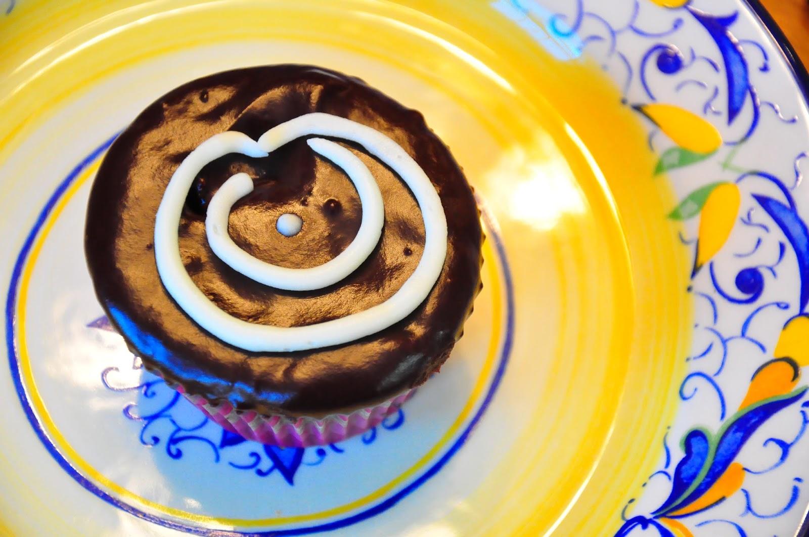 Sweet Sadies Baking Hostess Cupcakes
