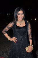 Sakshi Agarwal looks stunning in all black gown at 64th Jio Filmfare Awards South ~  Exclusive 057.JPG
