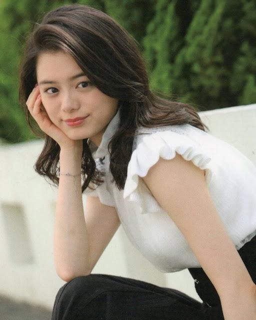 Ayaka Konno in Toei Heroine Max Premium Magazine!
