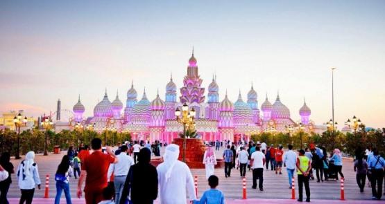 اوقات افتتاح القريه العالميه في دبي
