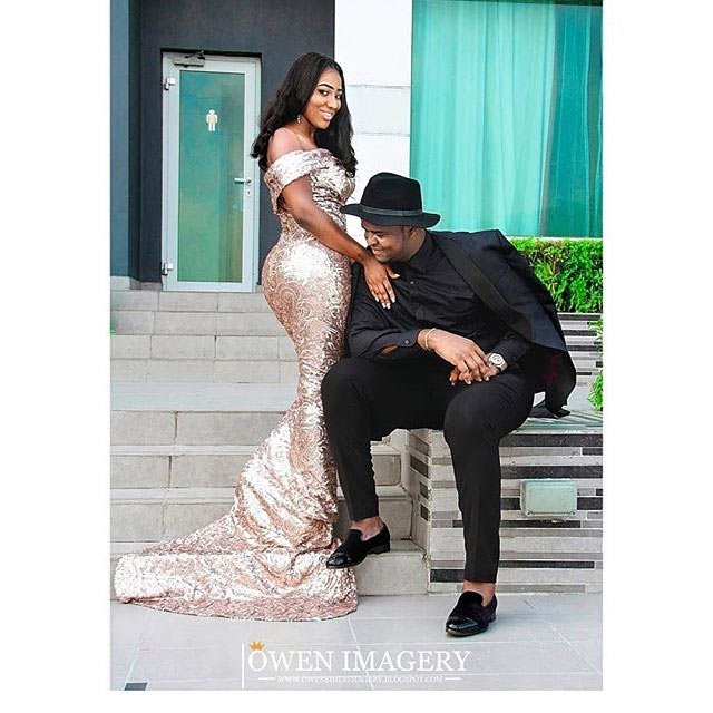 Haba! This couple's pre-wedding photos are something else