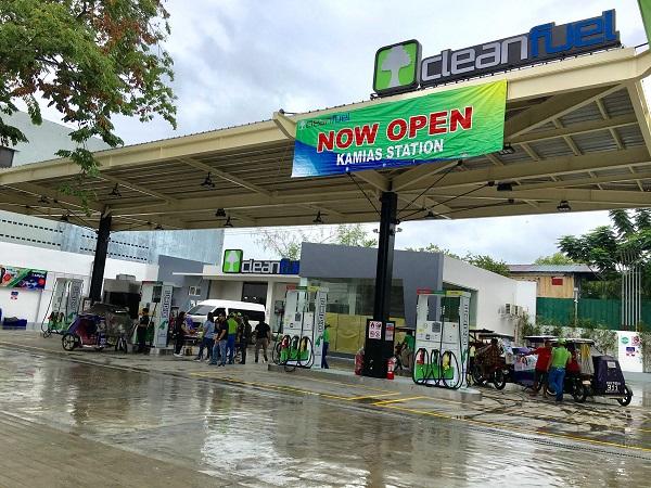 Cleanfuel Service Station in Kamias, Quezon City