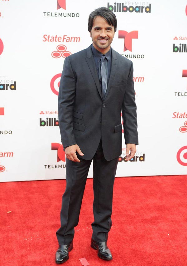 celebrity heights how tall are celebrities heights of celebrities how tall is luis fonsi. Black Bedroom Furniture Sets. Home Design Ideas