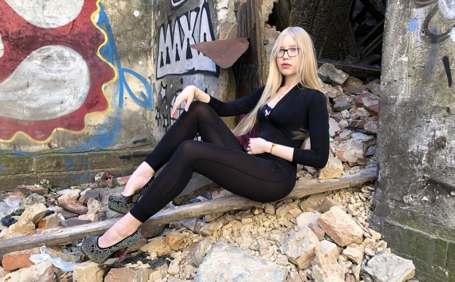 MilenaBlond Model GlamourCams