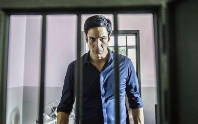 Pega Pega - Eric é acusado de roubar dinheiro do hotel e é preso!