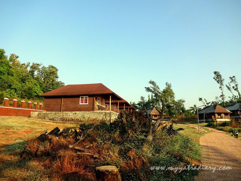 MTDC luxury ac cottages in Harihareshwar, Maharashtra